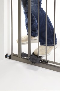 Top Rated Hands Free Baby Gates