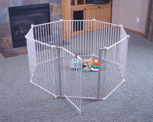 Regalo 4 In 1 White Metal Play Yard
