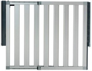 Retractable Baby Gate Guide